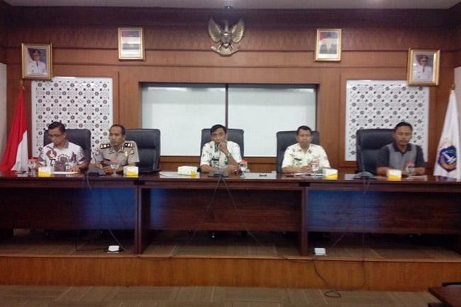 Sosialisasi Saber Pungli Dihadiri KBO Binmas Restro Jakarta Barat