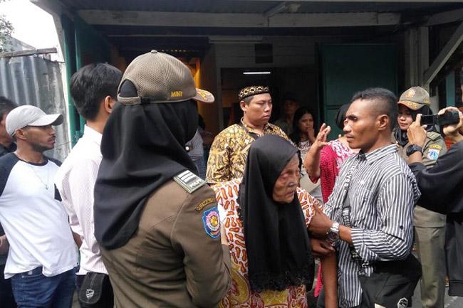 Rumah Dieksekusi, Kini Siti Nurjanah Tinggal di Kolong Jembatan