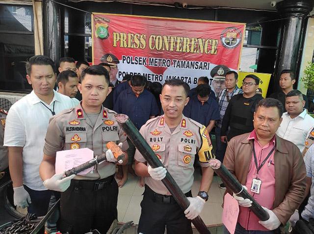 Polsek Metro Tamansari Amankan Kelompok Pencuri Kabel Telkom
